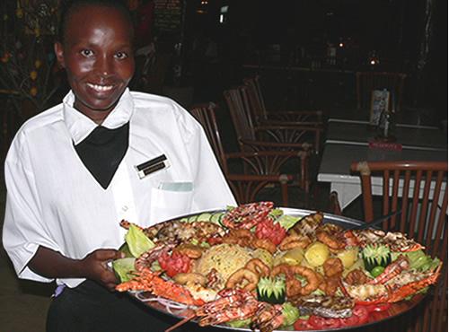 Sensational Mombasa Restaurant Yuls Seafood Restaurant Pizzas Home Interior And Landscaping Analalmasignezvosmurscom